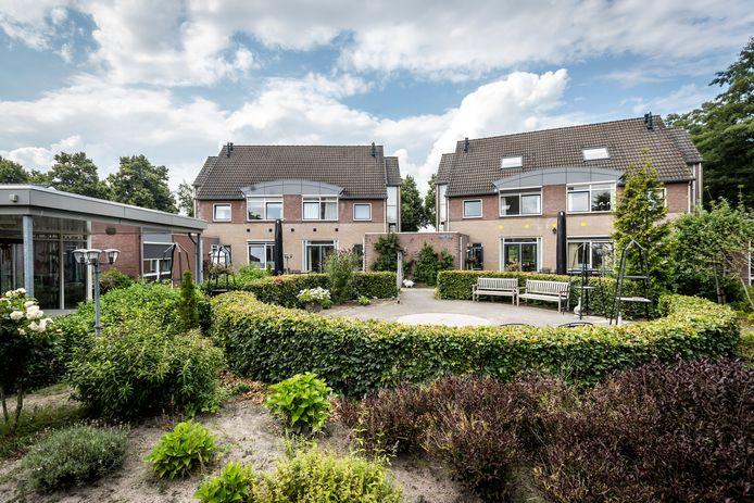 De binnentuin van zorginstelling KBWO in Helmond-Brouwhuis.