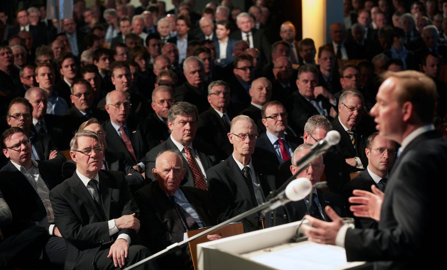 Vrouwen zijn nog een zeldzaamheid op de SGP-partijdagen.