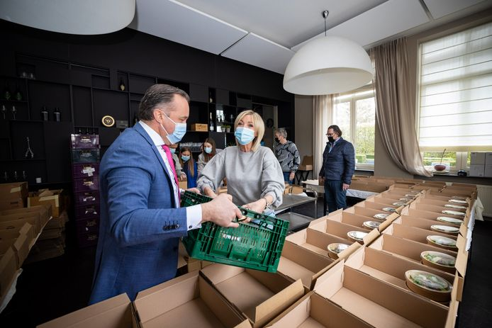 In totaal werden er ruim vijhonderd foodboxen verkocht.