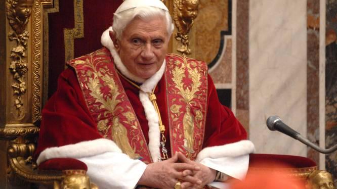 """Paus: """"Homohuwelijk bedreigt mensheid"""""""