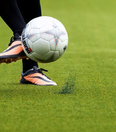 Jonkies mogen weer voetballen, maar vedettes nog niet: 'Grens 'tot 27 jaar' komt beetje random over'