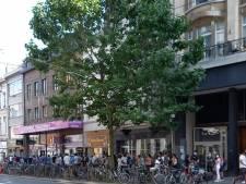 """'Pop-upvaccinatiedorpen' strijken neer in Antwerpse wijken: """"Nu al 700 mensen geprikt die we anders niet hadden kunnen bereiken"""""""