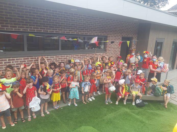 De peuters en kleuters van basisschool De Speelfontein lijken er helemaal klaar voor.