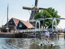 Futuristische waterbikes nieuwste attracties in Harderwijkse wateren, maar kijk uit voor lage bruggen