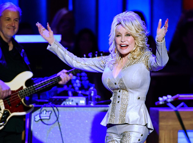 De magische mysteries van Dolly Parton lijken nu een heel nieuwe generatie in hun greep te hebben.