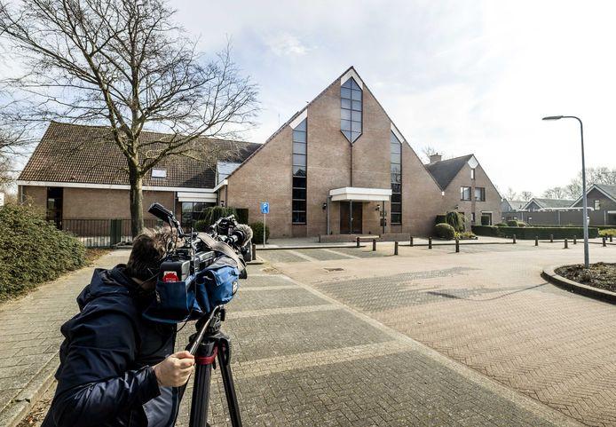 De Sionkerk op Urk is in opspraak geraakt vanwege het negeren van de coronaregels.