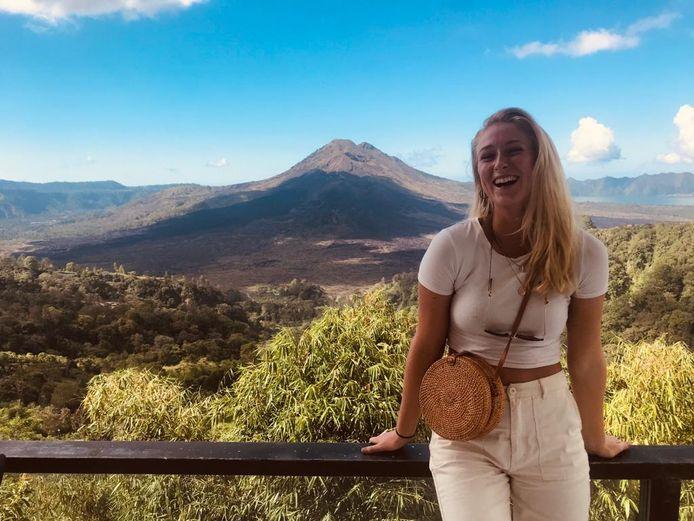 """Eva Vissers op Bali: ,,Ik hoopte mijn stage te kunnen halen, dat is helaas niet gelukt."""""""