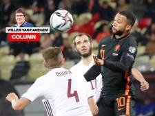 Column Van Hanegem | Letland verliep volgens Van Gaal zoals hij had voorspeld. Hadden we het dan niet anders moeten doen?