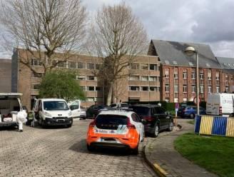 93-jarige dood aangetroffen in Gent, getuigen zien jongeren weglopen: parket gaat uit van verdacht overlijden