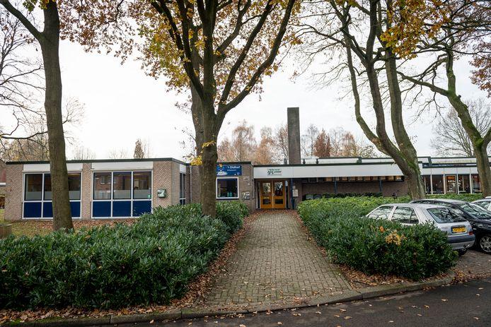 Vooral de school 't Oldhof is al jaren aan vervanging toe.