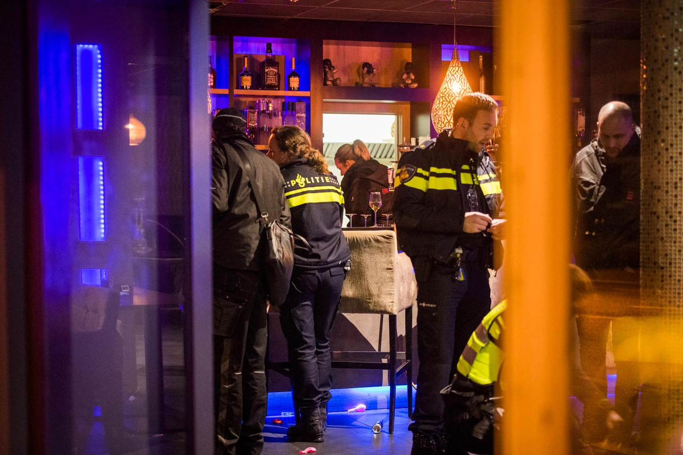 Inval in shishalounge Eindhoven