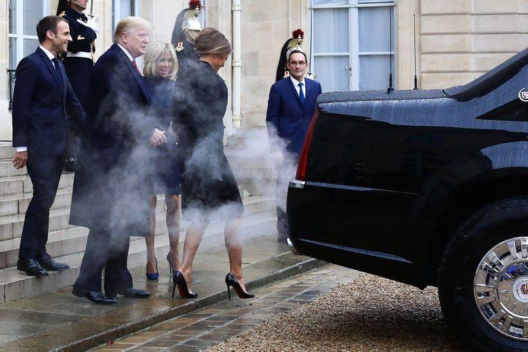Donald Trump, Melania Trump, Emmanuel Macron en zijn vrouw Brigitte lunchten zaterdagmiddag samen.