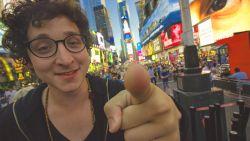 """Jonge goochelaar werd in twee jaar tijd miljonair met virale trucs: """"De volgende stap is mijn eigen show op Netflix"""""""