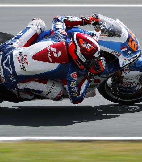 Rotterdamse motorcoureur Bo Bendsneyder zesde in Moto2, Gardner wint in Barcelona