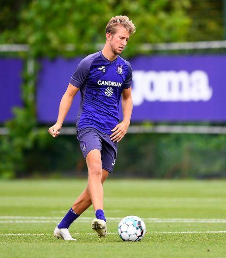 Le milieu d'Anderlecht Michel Vlap testé positif au Covid-19