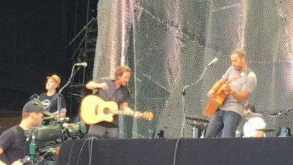 Eddie Vedder en Jack Johnson verrassen Rock Werchter en treden op in elkaars show