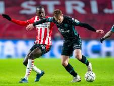 Oosting stond na 1 training al bij RKC in de basis: 'Mooi om meteen tegen PSV te spelen'