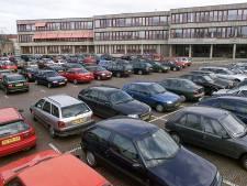 Bezoekers vaccinatiepost moeten toch betalen voor parkeren op Ganzenmarkt in Oldenzaal