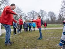 Scouts Schouwen-Duiveland vieren samenwerking met rooksignalen