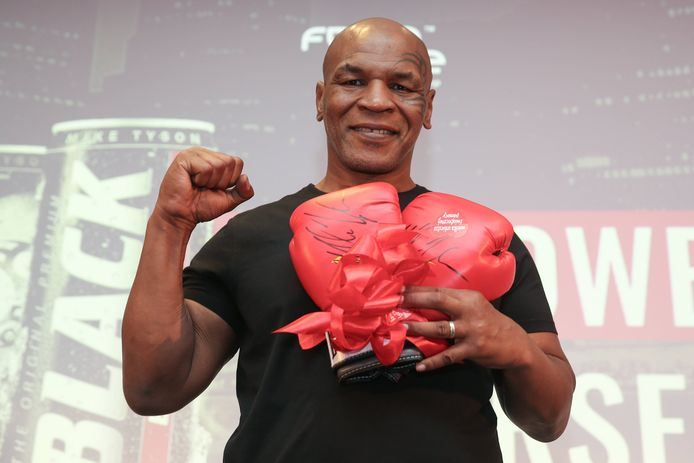 Mike Tyson keert op 12 september terug in de ring.