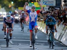 Démare klopt Bonnamour en Stuyven in sprint in Parijs-Tours