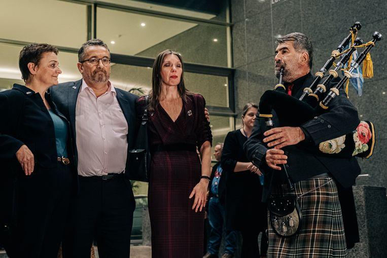 Christian Allard (tweede van links) aan het Europees Parlement. Beeld Wouter Van Vooren