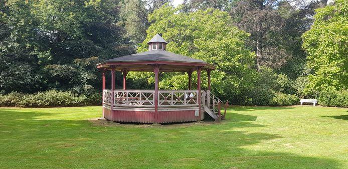 De kiosk van Maria-ter-Heide is weer in ere hersteld en zal meer gebruikt worden. De voorbije jaren stond die wat te verkommeren.