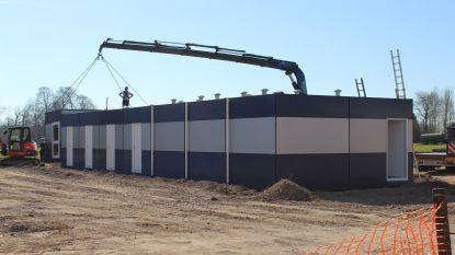 Noodschool wordt gebouwd in 75 dagen