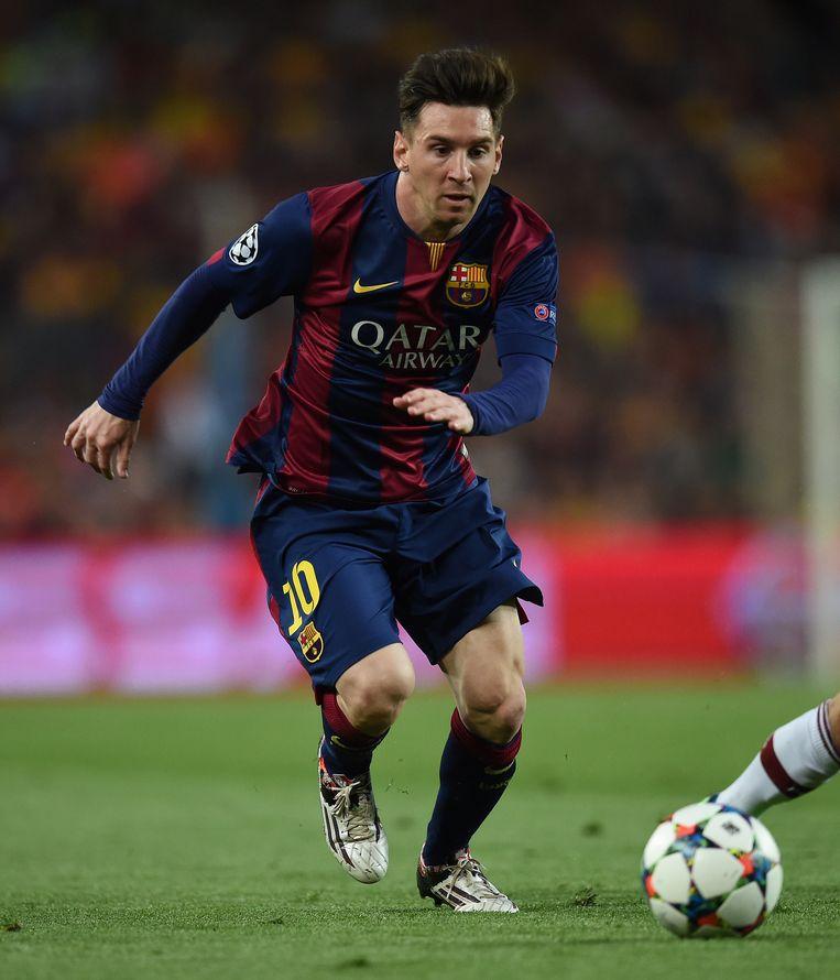 Lionel Messi controleert de bal tijdens de halve finale van de UEFA Champions League tegen FC Bayern Muenchen op 6 mei. Beeld GETTY