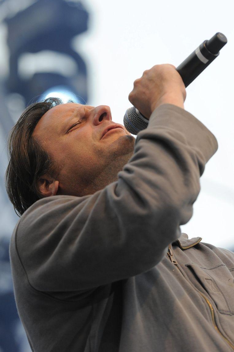 Luc de Vos tijdens de viering van 'De Gulden ontsporing' in Brussel. Beeld belga