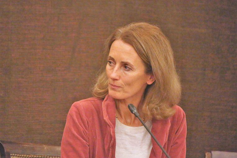 Anne Troussel-Moulaert , de nieuwe voorzitster van het OCMW in Sint-Genesius-Rode
