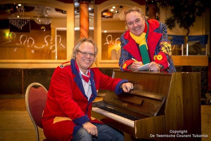 Chris van den Heuvel (links) en Harold Damink waren meerdere Leedkesfestival succesvol. Van den Heuvel als componist, Damink als tekstschrijver.