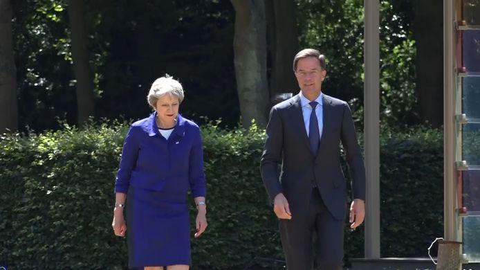 Premier Mark Rutte ontving de Britse premier Theresa May in juli in het Catshuis om over de brexit te praten.