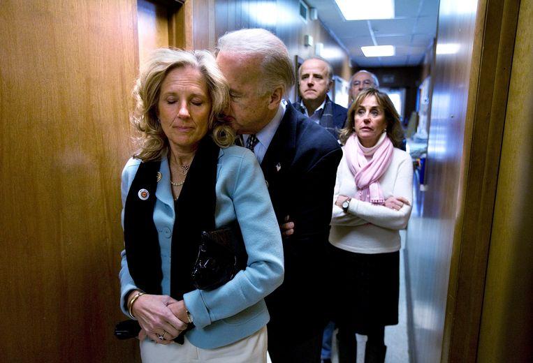"""Jill was degene die in 2018 zei: """"Joe, als je nog president wil worden, dan moet je je dit keer in de race storten."""" Beeld AP"""