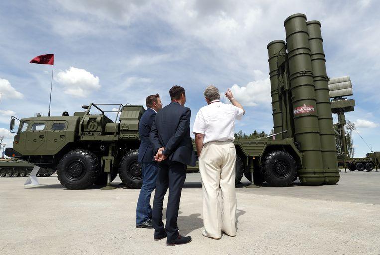 Het Russische raketafweersysteem S-400.  Beeld EPA