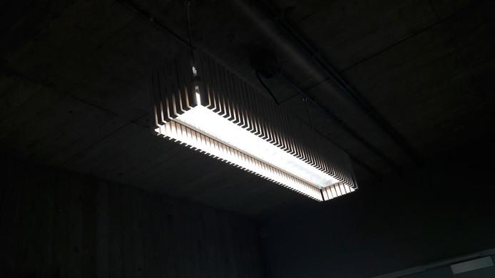 Oude lichtbak hergebruikt, gepimpt en van led-balken voorzien in Stadhuistoren Eindhoven.