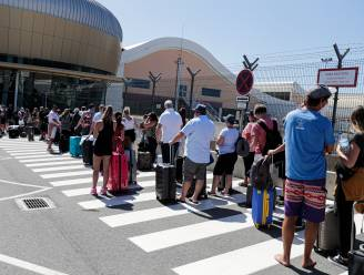 Britse toeristen keren vervroegd terug uit Portugal om quarantaine te vermijden