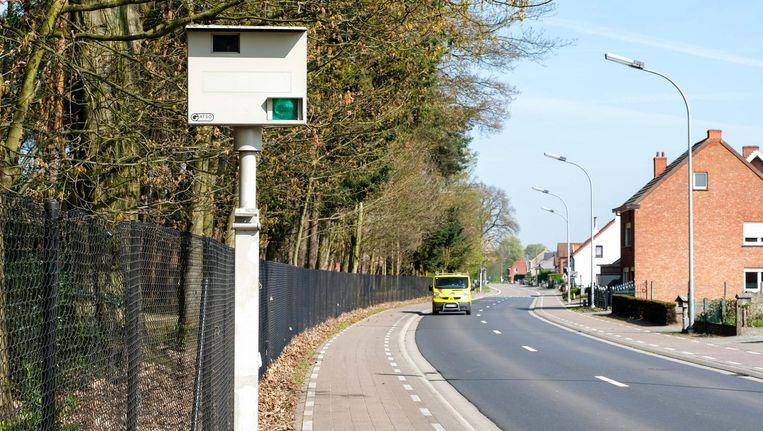 Rij je minder dan 7 kilometer per uur te snel op gewone wegen, dan word je voortaan niet meer geflitst.