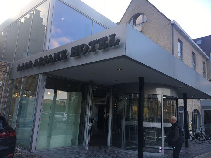 In het Ariane hotel in Ieper brak brand uit op een hotelkamer.