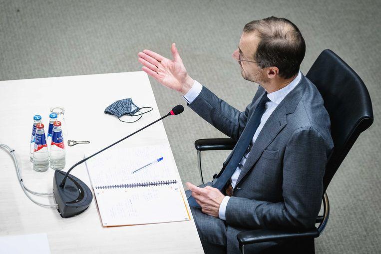 Eric Wiebes, staatssecretaris van financiën van 2014 tot 2017, wordt gehoord door de parlementaire enquêtecommissie Kinderopvangtoeslag. Beeld ANP