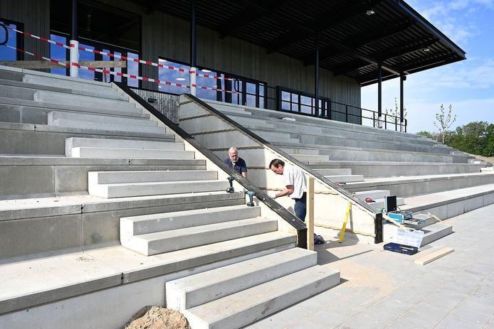 Geen Regiocup op De Kranenhof. De verbouwing van het sportpark van EGS'20 is nog niet klaar. De spelers van deze club moeten uitwijken naar een andere complex.
