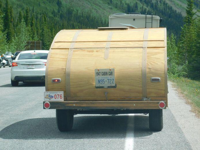 Z.G.A.N: compleet houten caravan, van 1947