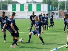 Portugese jeugdinternational Marques vrijdag op training bij FC Dordrecht