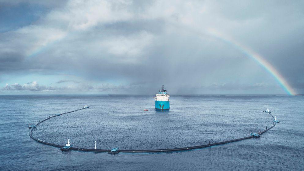 Revolutionair plan van jonge Nederlander om plastic uit oceaan te halen... werkt niet