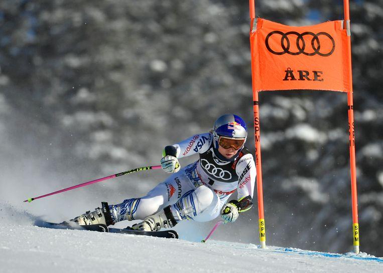 De Amerikaanse Lindsey Vonn oefent op de piste in het Zweedse Are, waar deze week het WK plaatsvindt. Beeld AP