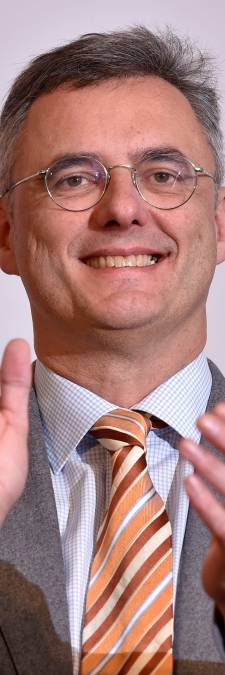 Elu président du CD&V, Joachim Coens tend la main à son rival