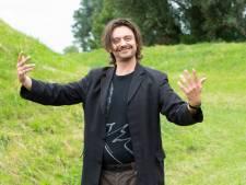 Stefano Keizers probeert nieuwe show uit in Eendracht Gemert