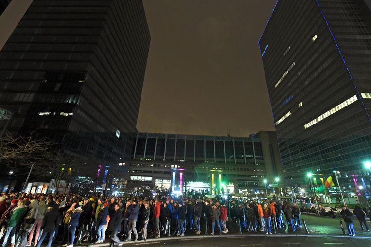 Protest tegen een politieactie aan het station Brussel Noord. Beeld Photo News