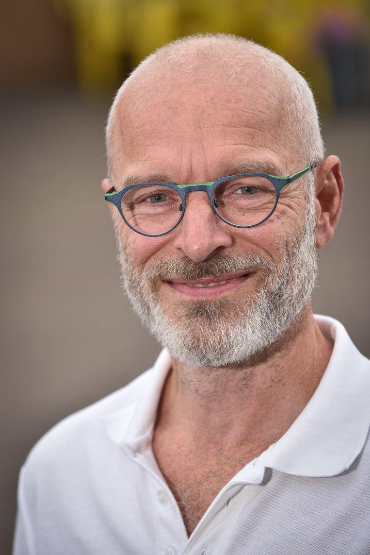 """""""De onafhankelijken binnen het kartel leverden 10% van de stemmen, maar krijgen geen enkel mandaat. Onaanvaardbaar"""", vindt Jan Herman. Hij stapt daarom op bij N-VA en zetelt als onafhankelijk raadslid."""