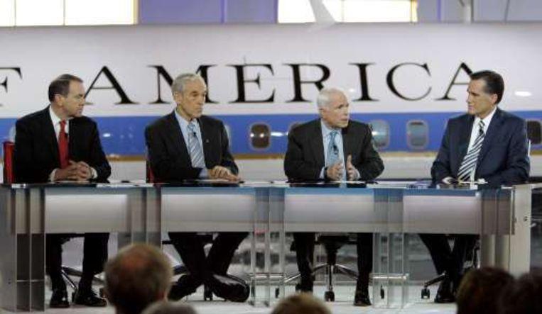 De Republikeinse presidentskandidaten Mike Huckabee, Ron Paul, John Mccain en Mitt Romney. Beeld UNKNOWN